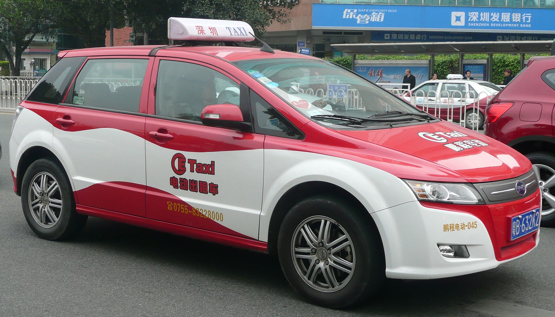 1920px-byd_electric_taxi